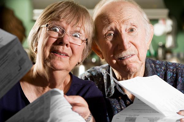 confused-elderly-people