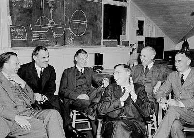 Lawrence_Compton_Bush_Conant_Compton_Loomis_83d40m_March_1940_meeting_UCB manhattan project
