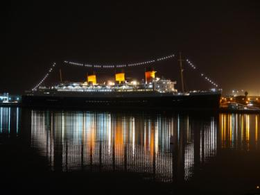 156437-375x281-The-Queen-Mary-ocean-liner
