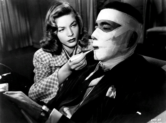 LAUREN BACALL as Irene Jansen and HUMPHREY BOGART as Vincent Parry in PRISIONEIRO DO PASSADO Dark Passage 1947
