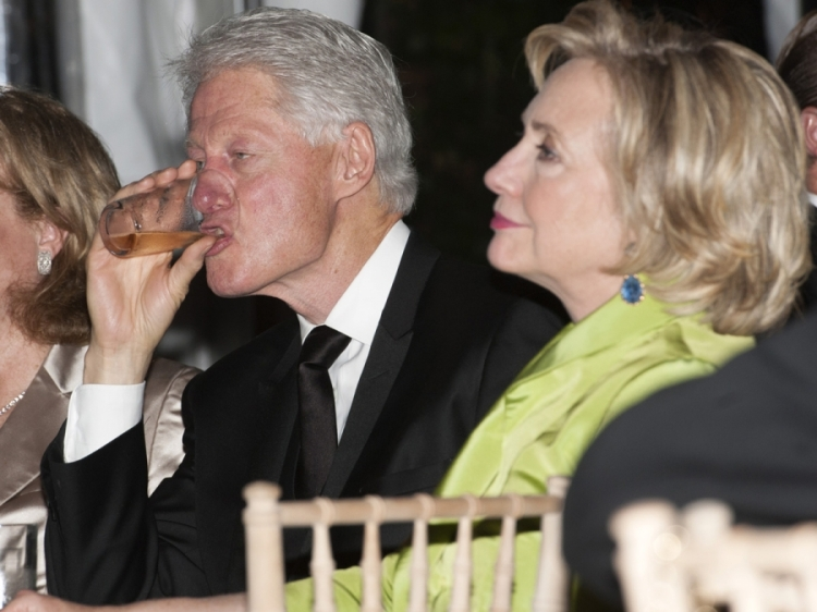 bill-clinton-drinking-hillary1-900x675